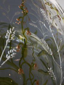 DoubleSchaal Emerald, gebrandschilderd glas, 15 x 18 cm, 2019, prijs op aanvraag via contactpagina