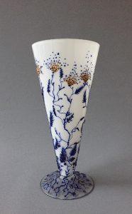"""Vaas """"SterrenNacht, gebrandschilderd (wit) glas, 30 x 13 cm, 2017"""