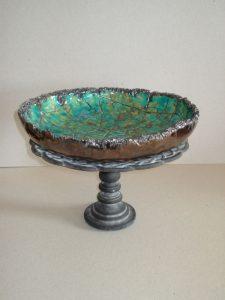 Persian Bowl, keramiek & gietijzeren voet, 10 x 30 x 30 cm, 2008, VERKOCHT